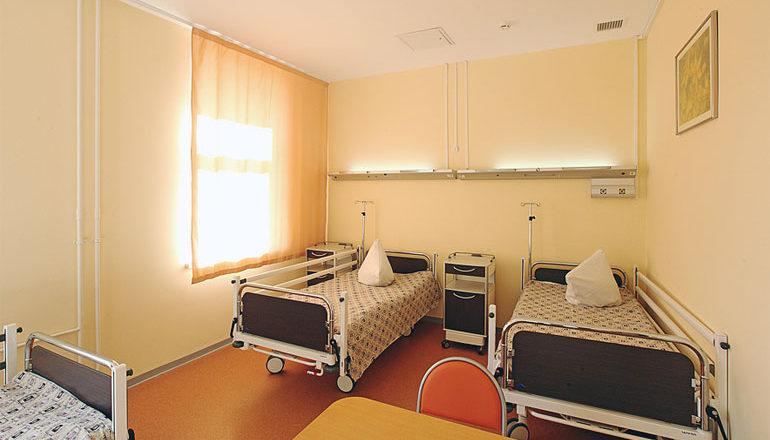 Двухместная палата института стоматологии на Тимура Фрунзе